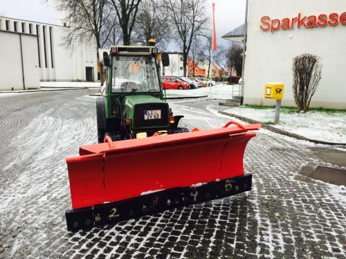 FullSizeRender-Winterdienst-Schneeräumen
