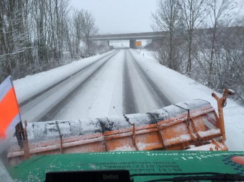 IMG 4493-Winterdienst-Schneeräumen
