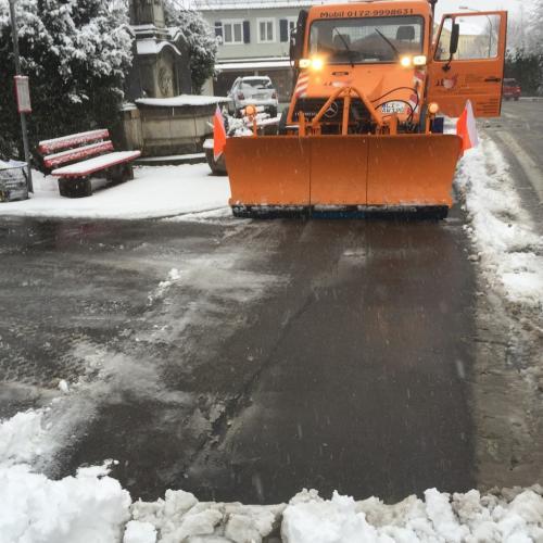 IMG 4534-Winterdienst-Schneeräumen