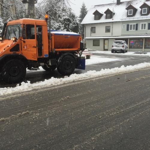 IMG 4535-Winterdienst-Schneeräumen